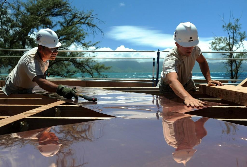 La construction est une bien meilleure philosophie de vie que la destruction et elle apporte bien plus.
